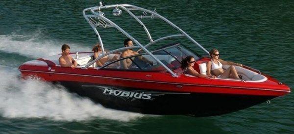 2008 Moomba Mobius XLV
