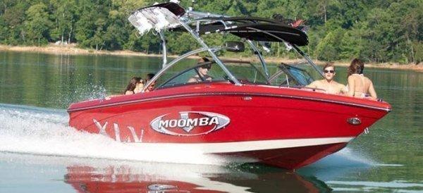 2010 Moomba Mobius XLV